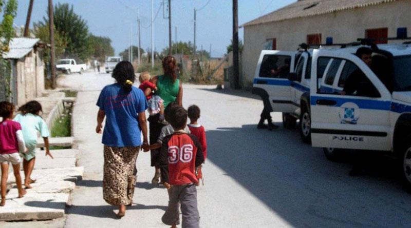 Αποτέλεσμα εικόνας για προσαγωγές σε καταυλισμούς Ρομά