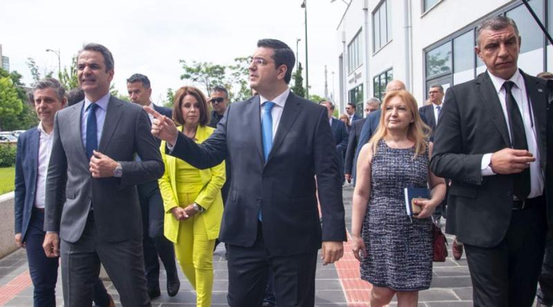 «Επανήλθαμε στην κανονικότητα», η ειρωνική απάντηση Μητσοτάκη σε απολυμένους στη Θεσσαλονίκη! (Βίντεο)